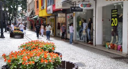 O impacto do coronavírus no comércio curitibano
